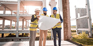 Engineers looking at plans | Building and construction courses.